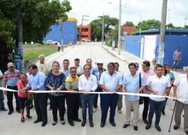 Inaugura alcalde Fernando Yunes acceso a la colonia Tejería
