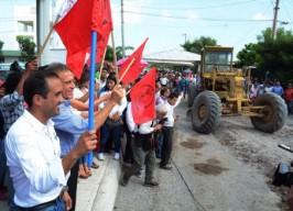 Da inicio alcalde Fernando Yunes Márquez a obras en la colonia Reserva 4 Tarimoya