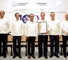 Entrega alcalde Fernando Yunes Márquez reconocimientos a integrantes de  CONCAMIN