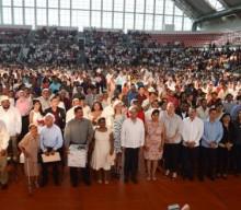 Alcalde Fernando Yunes felicita a 714 parejas que legalizaron su unión este Día del Amor y la Amistad
